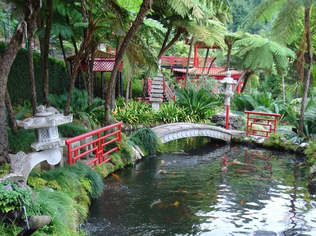 Brücker über Teich